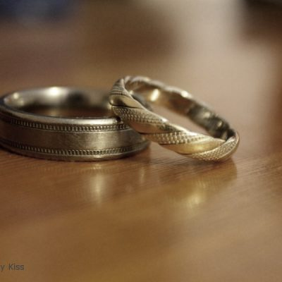 wedding rings pretended